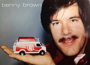 Autograph card - Benny Brown Source: RTL Archives